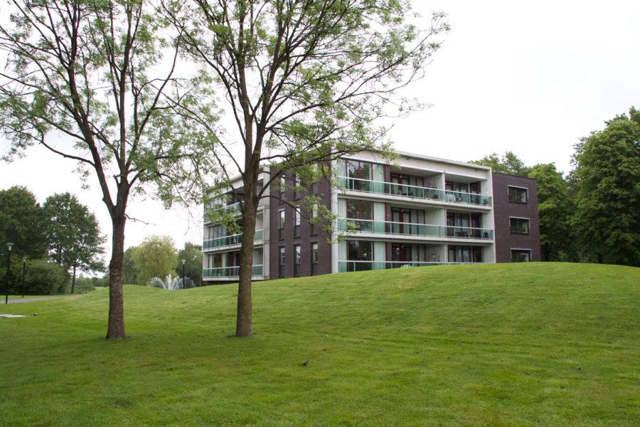 inpassing appartementencomplex in nieuw aangelegd park